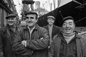 smiling dockers
