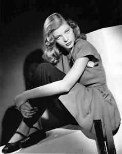 Lauren_Bacall_1945