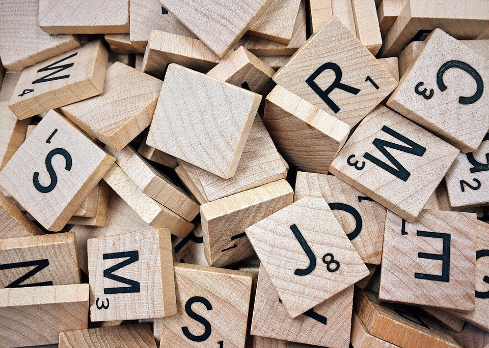 Scrabble, Naming et Cac 40 : Quel nom de société du Cac 40 gagnerait au Scrabble ?