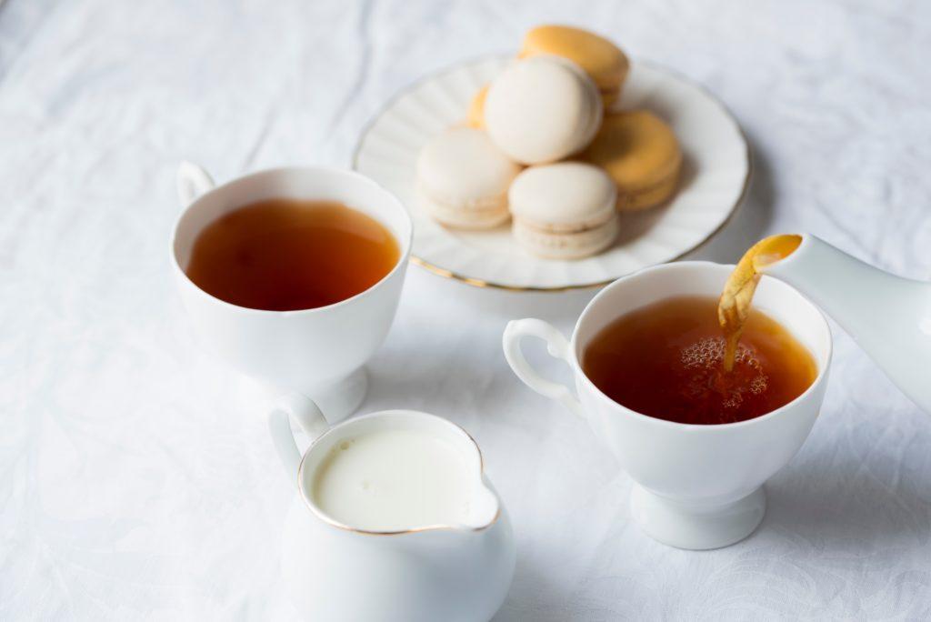Thé et macarons